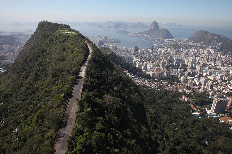 Trilha Morro Dona Marta
