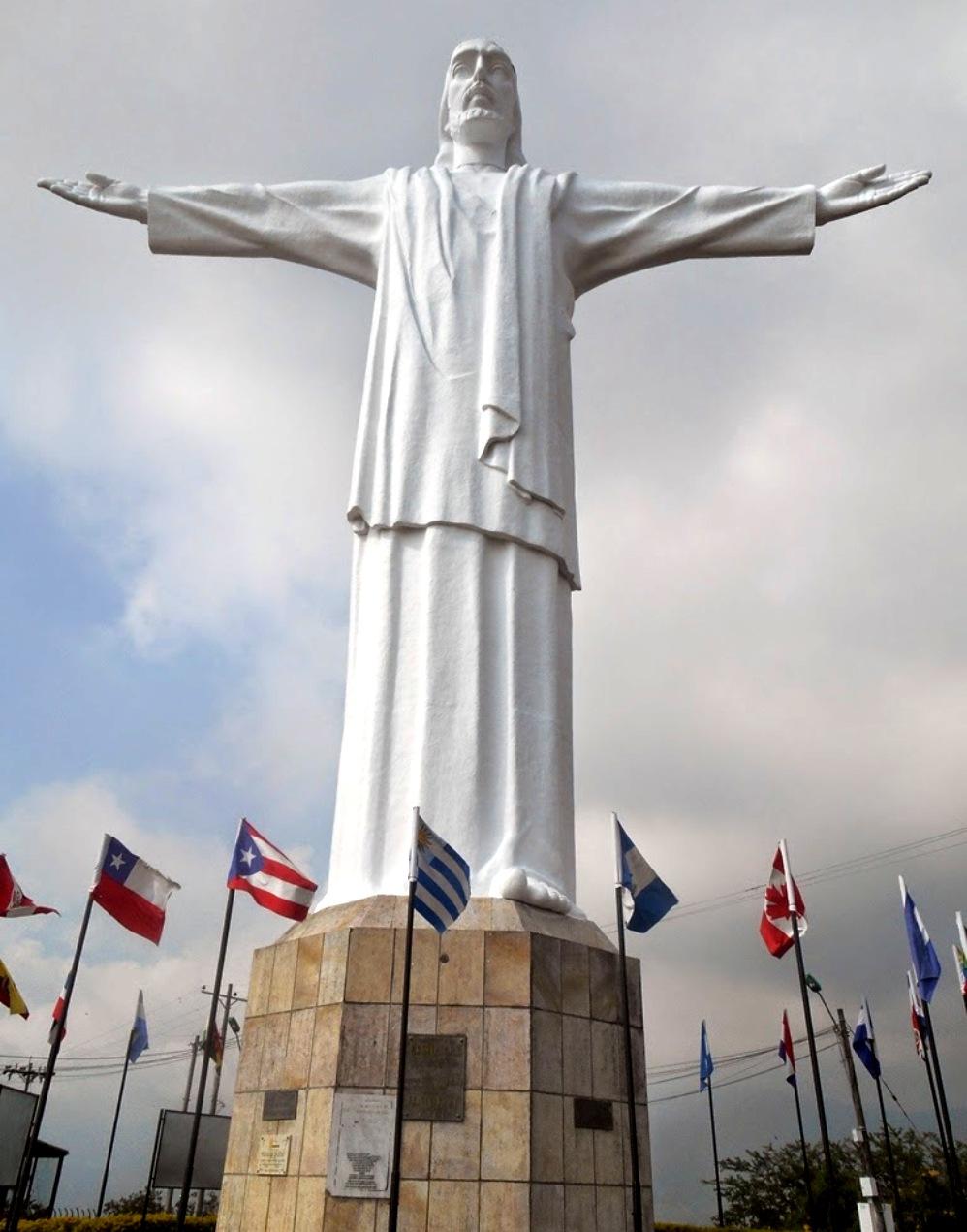 Estátuas de Cristo pelo mundo 6